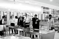 Check-In am Flughafen (Foto Eva Maria Guggenberger)