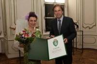 Christine Rohr mit LH Franz Voves (Foto steiermark.at Jammernegg)