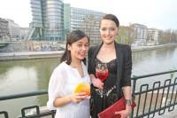 Marizel Aguirre, Campari Marketing & PR-Manangerin und Designerin Eva Poleschinski (Philipp Enders für Campari Austria)