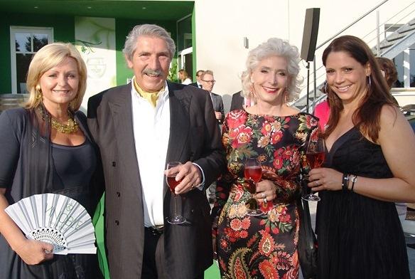 Luise Köfer (VINOBLE Cosmetics), Christian, Nora und Catharina Trierenberg) (Foto box - das Südsteiermarkmagazin_Gerhard Ogrisek)