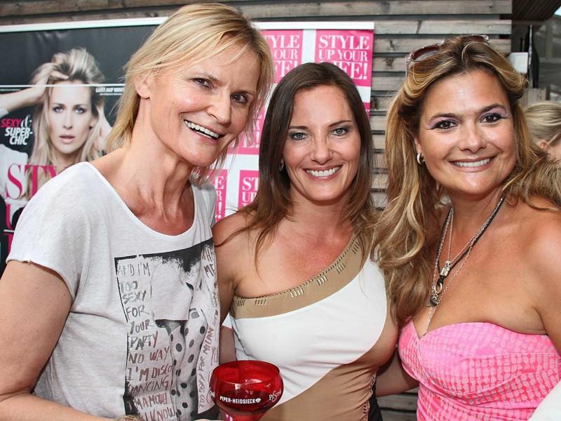 Hedi Grager, Daniela Matschnig und Andrea Bocan beim StyleUp-Cocktail von Adi Weiss (Foto Uwe Brandl)