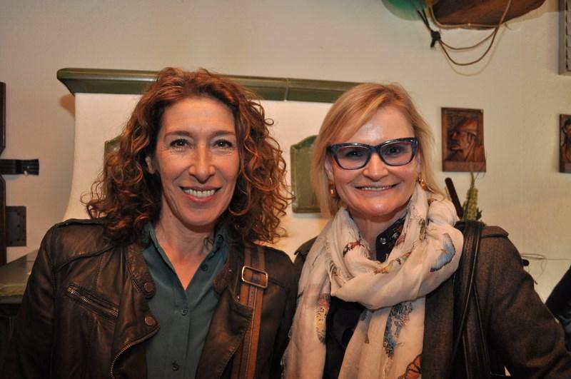 Adele Neuhauser und Hedi Grager: nach dem Interview noch schnell ein Foto (Foto Reinhard Sudy)