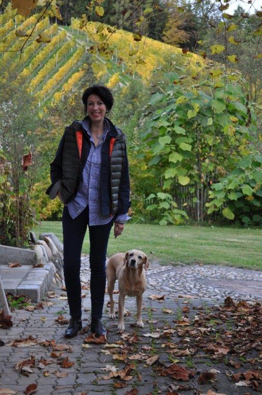 Iris Vermillion mit ihrer geliebten Hündin Joy (Foto Reinhard Sudy)