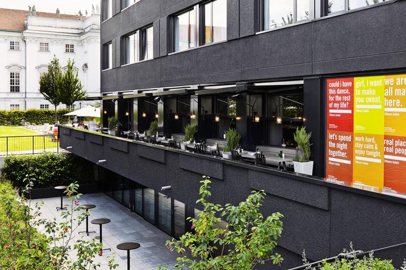 Die Terrasse des Restaurants 1500 Foodmakers im 25hours Hotel Wien (Foto 25hours Hotel)