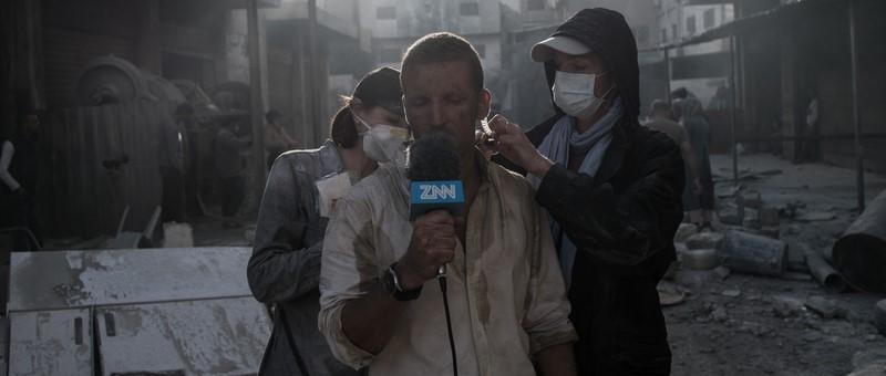 Jordanien: Arbeit im gebauten Explosionsareal, links Maria Gruber (Foto Gruber)