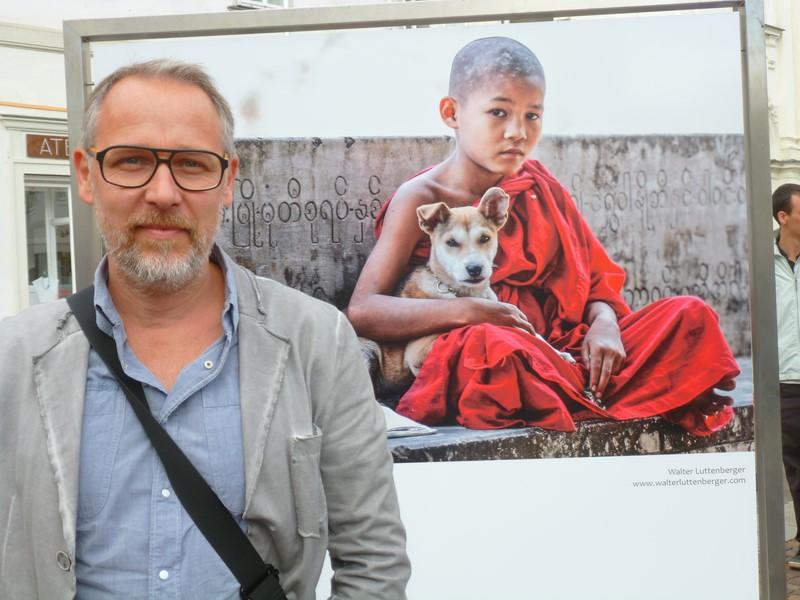"""Walter Luttenberger wählte dieses Foto, weil es bei seiner ersten Reise nach Burma entstand. """"Durch diese Aufnahme hat auch die Zusammenarbeit mit der Caritas begonnen, durch die ich die Gelegenheit hatte, noch mehr von der Welt zu sehen und auch zu fotografieren."""" (Foto Hedi Grager)"""