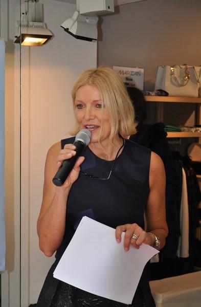 """Helga Kresnik führte charmant wie immer durch die """"Fashion-Show"""" (Foto Reinhard Sudy)"""