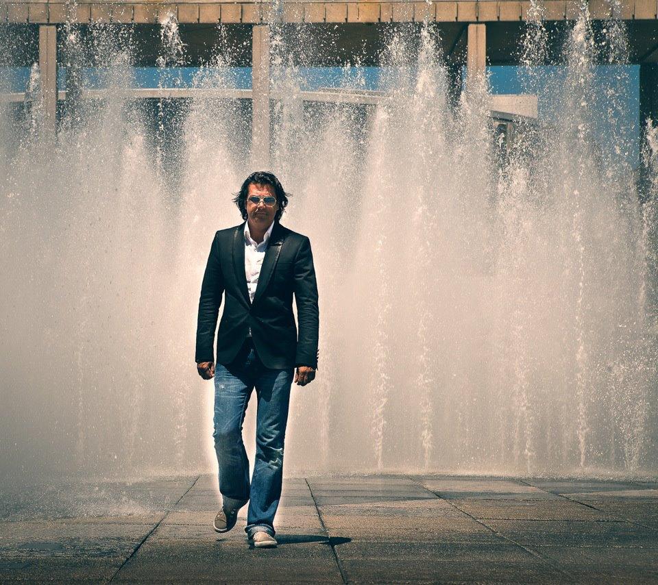 7Ray ist ein großer Fan von Puccini und Verdi, deren lyrisches italienisches Lebensgefühl er sehr schätzt.