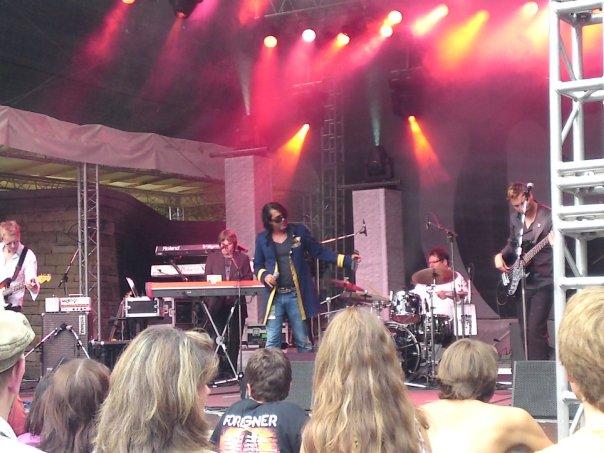 7Ray live auf der Freilichtbühne Killesberg, Deutschland.