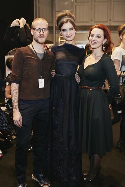 Designerin Lena Hoschek mit Thomas Kirchgrabner, Couturier des Labels, backstage (Fotos Getty Images)