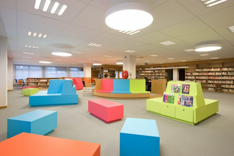 Mediathek Lycée Van Gogh, Den Haag (© HD Maatwerk Interieur)