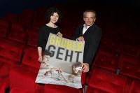 """Regisseurin Marie Kreutzer und Gernot Rath (ORF Steiermark, Leiter Kultur und Kommunikation) bei der Kinopremiere """"Gruber geht"""" am 29. Jänner 2015 im SCHUBERT Kino Graz (© ORF Steiermark/Stuhlhofer Wolf)"""