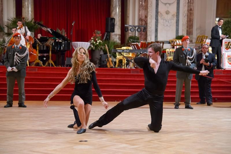 "Yvonne Rueff auf ihrem Ball ""Dancer against Cancer"""