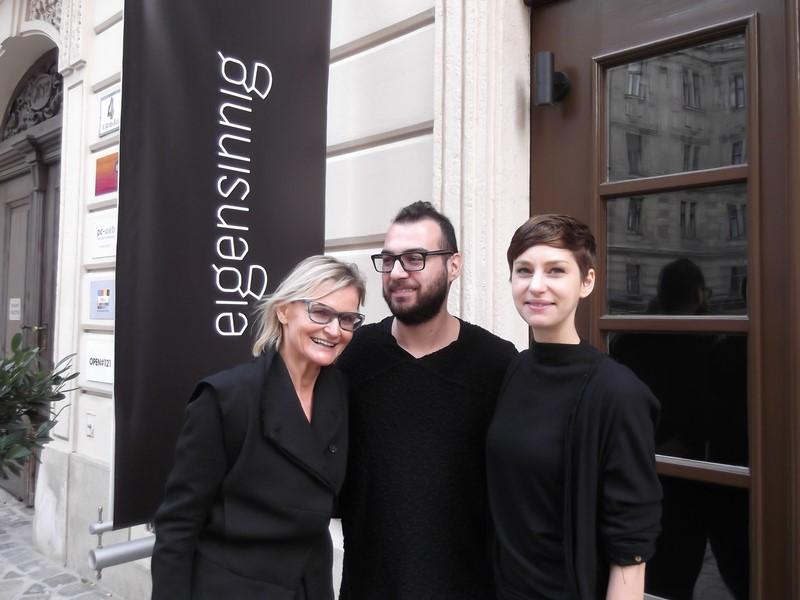 'eigensinnig', das sind Stefanie Hofer und Toni Tramezzini, hier mit ihrer Kundin Hedi Grager (Foto Reinhard Sudy)