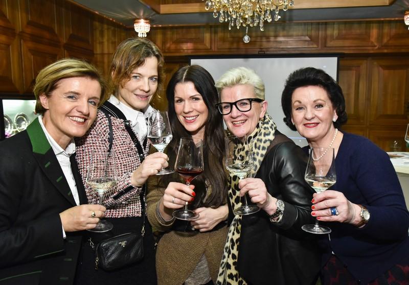 Geballte Frauen-Power beim Presse-Neujahrsempfang im Restaurant Florian im Grazer Parkhotel (Foto Werner Krug)
