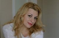 Nadine W