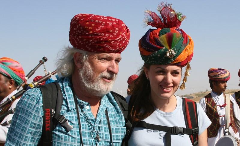 Dieses Foto von Marie Nadine Wohlmuth und ihrem Vater Sepp Wohlmuth zierte das Titelblatt einer indische Zeitung.
