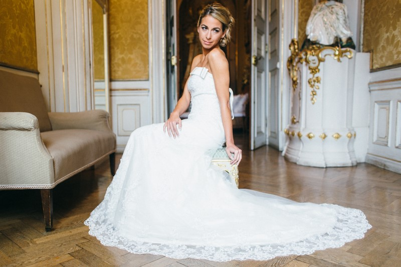 Eva Poleschinki Dress (Foto Julia und Gil & Weddingplannery)