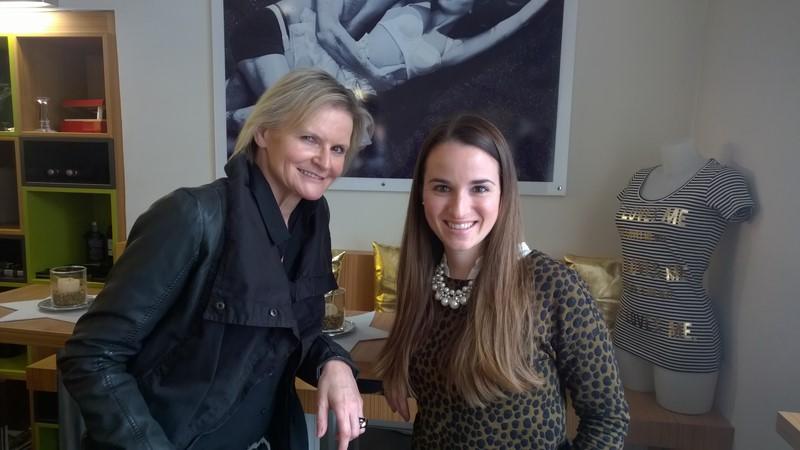 Ich treffe Lisa bei Joma Fashion, wo sich Lisa bei ihren Graz-Besuchen gerne über die neuesten Modetrends informiert.