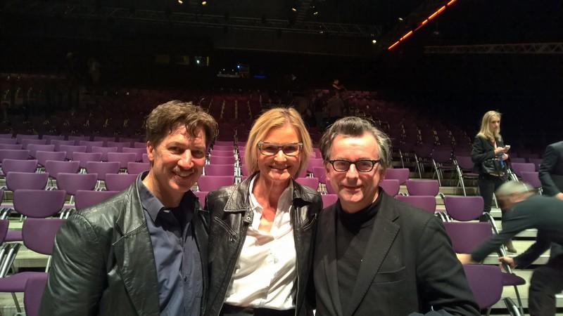 Tobias Moretti bei der Eröffnung der 18. Diagonale in der Grazer List Halle, hier mit Hedi Grager und Schauspielkollegen Johannes Silberschneider (Foto Reinhard Sudy)