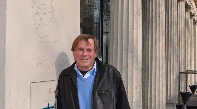 Burkhard Stulecker bei Dreharbeiten zu James Bond