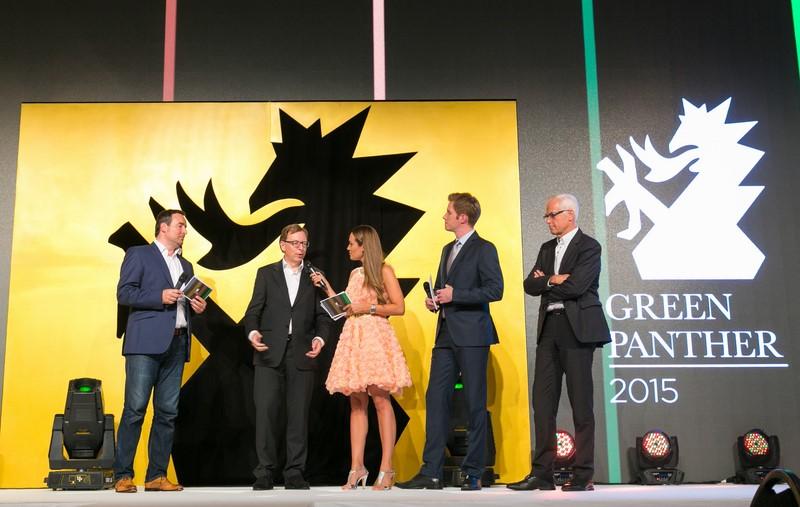 Obmann Edgar Schnedl eröffnete gemeinsam mit Landesrat Christian Buchmann und Stadtrat Gerhard Rüsch die Green Panther Gala 2015 in der Grazer Seifenfabrik, die von Bianca Schwarzjirg und Florian Danner moderiert wurde (Foto Robert Frankl)