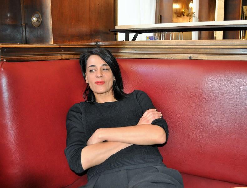 Ob die toughe Staatsanwältin oder die Böse im Tatort - Edita Malovcic lässt sich in keine Schublade pressen (Foto Reinhard Sudy)