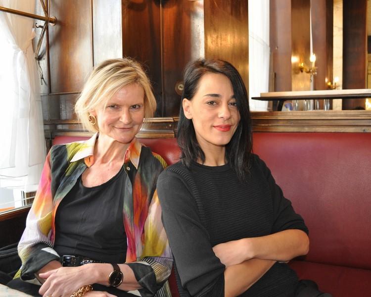 Edita Malovcic spricht mit Hedi Grager sehr persönlich und offen über ihr Leben, die Schauspielerei und ihren Sohn (Foto Reinhard Sudy)