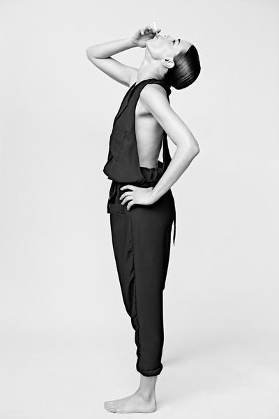 Die attraktive Schauspielerin Edita Malovcic wurde kürzlich vom international erfolgreichen Wiener Fotografen Mato Johannik geshootet.