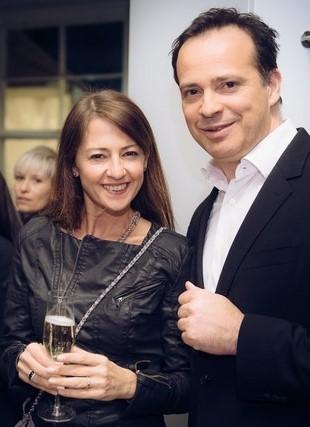 Auch Hotel- & Gastrocoach Tina Bauer gratulierte Gerald Schwarz zur Eröffnung des Promenade (Foto Joel Kernasennko)