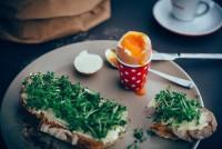Köstliches Frühstück im Cafe Promenade (Foto Joel Kernasenko)