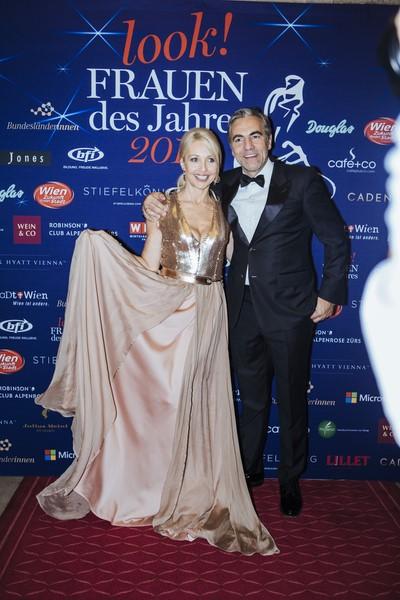 """Uschi Fellner und ihr Mann Christian Pöttler bei der von look! organisierten Gala """"Frauen des Jahres"""" 2014 (Foto Stefan Joham)."""