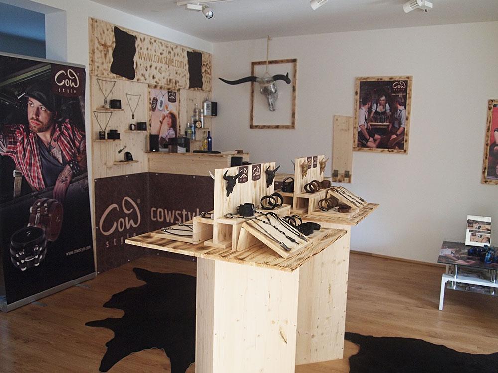 COWstyle-Shop: In ihrer Heimatstadt Graz haben sich die drei einen Platz geschaffen, der als Ideenschmiede, als Show- und Verkaufsraum dient (Foto COWstyle)