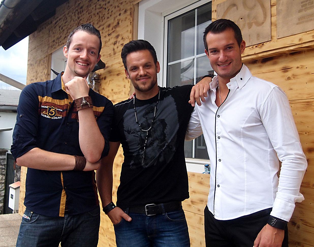 Die drei Freunde Christian, Oliver und Wolfgang studierten gemeinsam auf der Grazer FH Joanneum Internationales Management (Foto COWstyle)