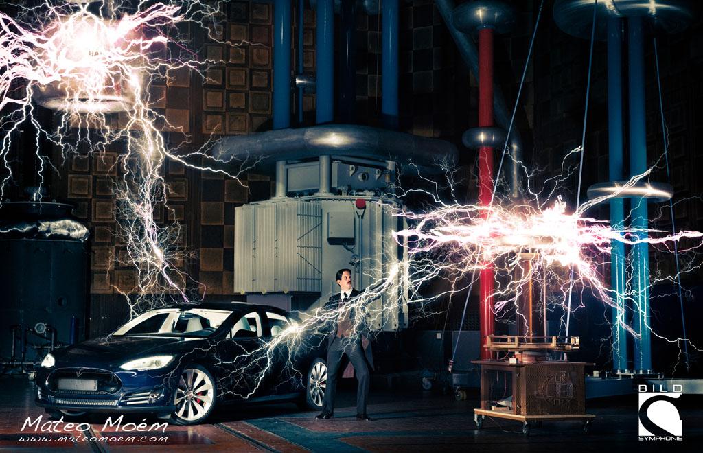 """Mit """"Nikola Tesla"""" gewann er hat beim """"Prix de la Photographie, Paris"""" (Px3), einem der größten Fotoprojekt-Wettbewerbe der Welt, 3 Awards in den Kategorien """"Portrait Professional"""" und """"Advertising Professional"""" - und das aus tausenden von Einreichungen aus 85 Ländern."""