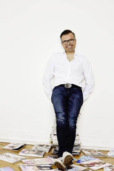 Reinhard Maetzler arbeitete mit vielen international bekannten Fotografen, Produktionsagenturen und Modezeitschriften zusammen.
