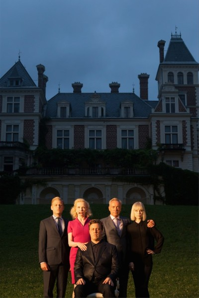 Die Familie Rauchensteiner: Manuel Rubey, Sunnyi Melles, Udo Kier, Nora von Waldstätten und Nicholas Ofczarek (Foto HOANZL)