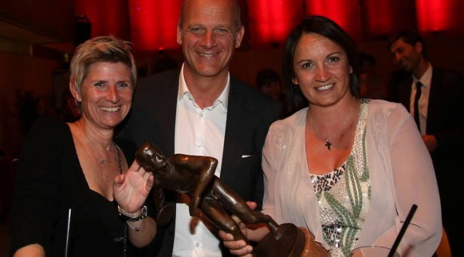 GRAZ,AUSTRIA,07.MAY.15 - VARIOUS SPORTS - Galanacht des Sports, honoring of the Styrian Sport Personality of the year. Image shows Barbara Muhr, Herwig Straka and head coach of the year Evelyn Fauth (Tennis). Keywords: trophy. Photo: GEPA pictures/ Hans Oberlaender