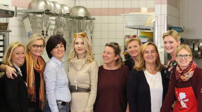 Hedi Grager, Gudrun Preschern, Christiane Baldauf, Regina Kropf, Christa Schlögl, Renate Polz und Stefanie Celina Jost