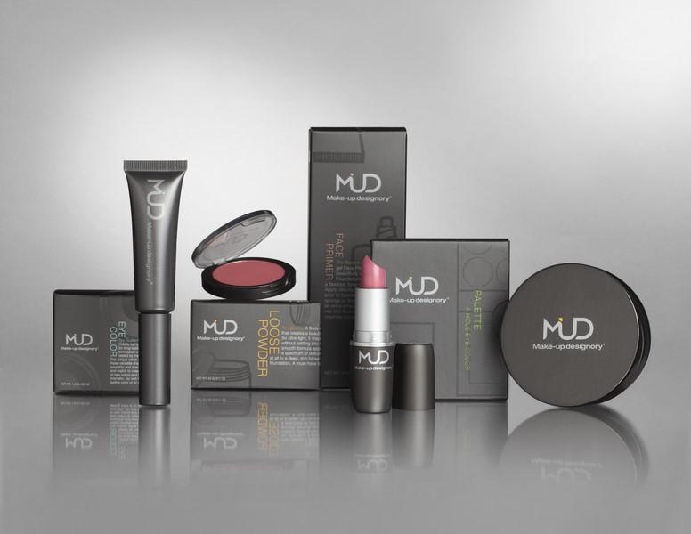Alle Make-up Produkte sowie sämtliches Zubehör und Accessoires durchlaufen strenge Tests (© MUD Studio Vienna)