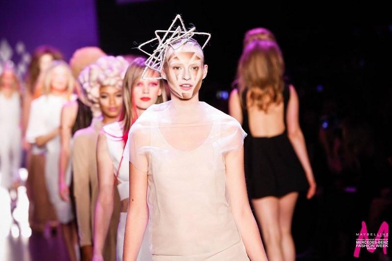 MAYBELLINE NEW YORK Show auf der Mercedes Benz Fashion Week Berlin (Foto MAYBELLINE NEW YORK)