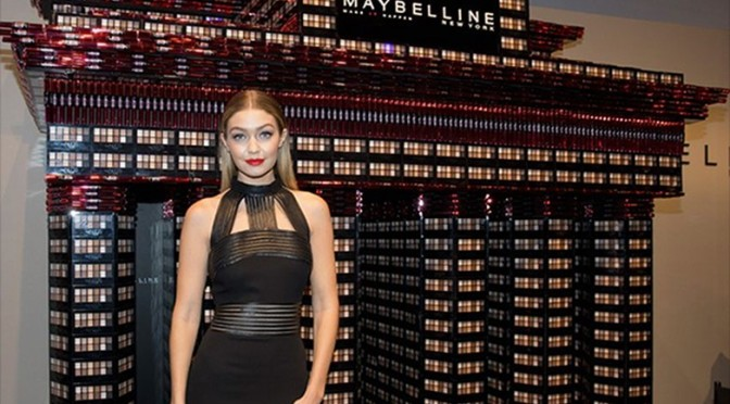 Starmodel Gigi Hadid. MAYBELLINE NEW YORK Mercedes Benz Fashion Week Berlin (Foto MAYBELLINE NEW YORK)