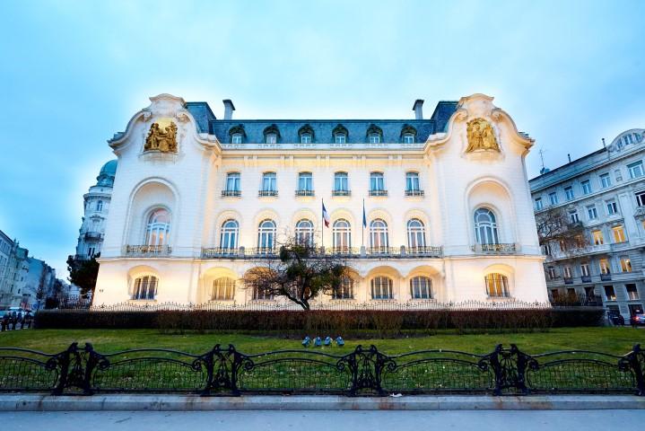 Der Eröffnungsabend der French Fashion Week findet am 7. März in den Räumlichkeiten der Französischen Botschaft statt (Foto FFW)
