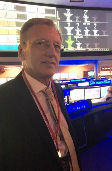 Rudolf Thaler im NASA-JPL Kontrollzentrum in Pasadena, Kalifornien, wo sämtliche Mars-Missionen überwacht werden (Foto beigestellt)