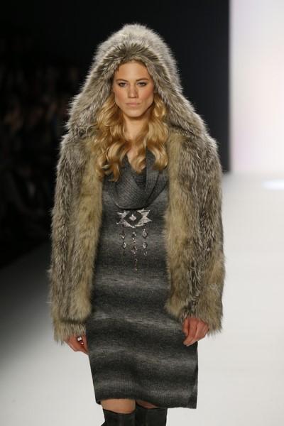 Topmodel Larissa Marolt lief für Sportalm auf der Mercedes Benz Fashion Week Berlin (Agency People Image (c) Jessica Kassner)