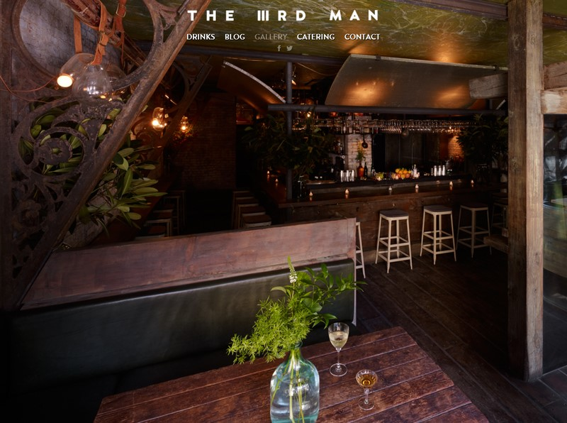"""Einer von Edi's besten Freunden und Businesspartner des """"THE IIIRD MAN"""" ist der Sohn von Ralph Lauren (Foto Screenshot von www.ediandthewolf.com)"""