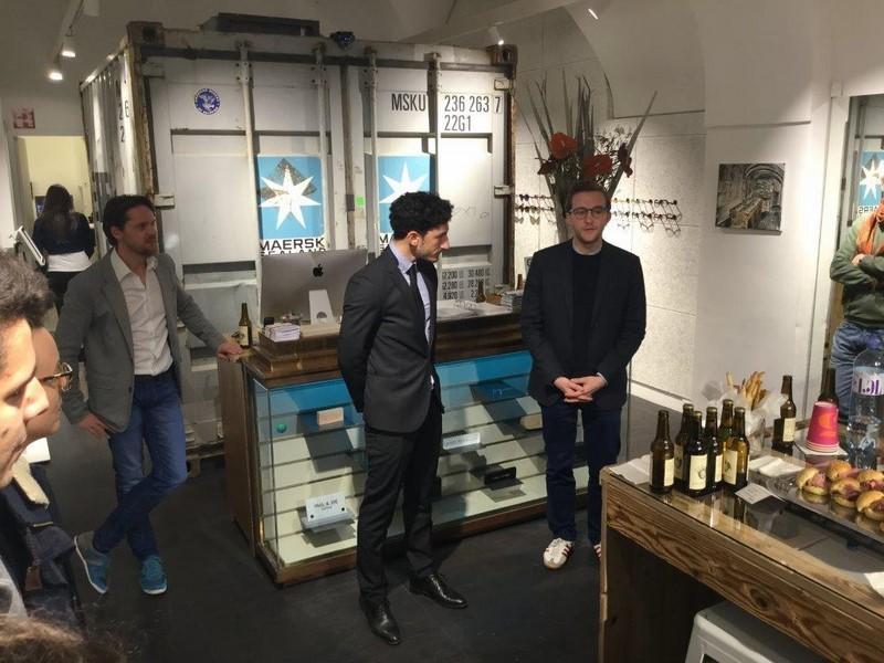 Diagonale Chef Peter Schernhuber begrüßte Regisseur Nadiv Molcho und sein Team und bedankte sich bei Christian Potisk für die Einladung ins Brillenquartier (Foto Brillenquartier)