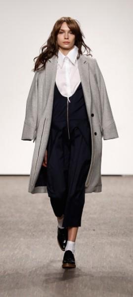 holyGhost Fashion Show auf der MBFW Berlin: Christina Vacirca kreierte für MAC Cosmetics den Make Up Look, Cyrill Zen entwickelte für La Biosthetique das Haar-Styling (Foto holyGhost)