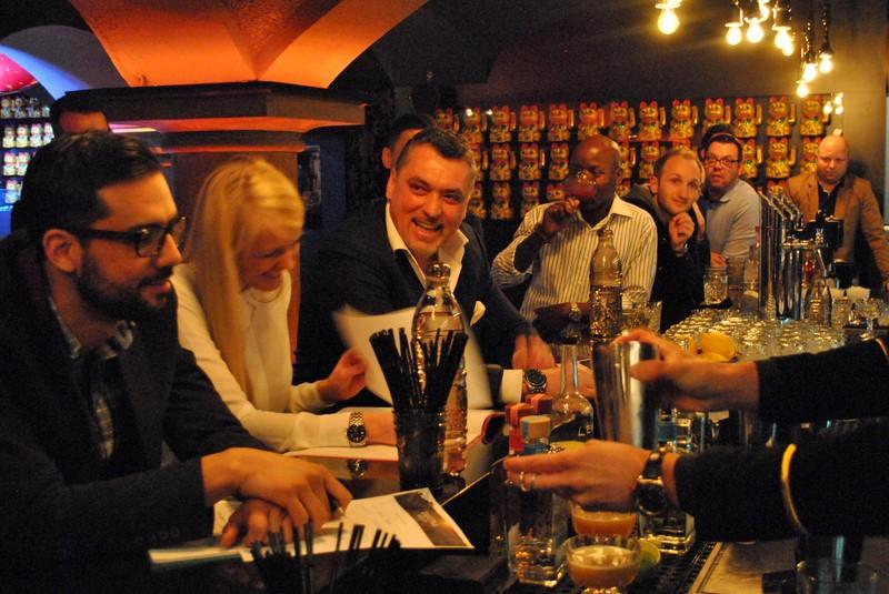 In der Jury von li: Patrick Seppä (Global Olmeca & Olmeca Altos Brand Ambassador), Vorjahresgewinnerin Andrea Hörzer (Barchefin DieBank), Heinz Kaiser (Gewinner Tahona Society 2012) (Foto Pernod Ricard Austria)
