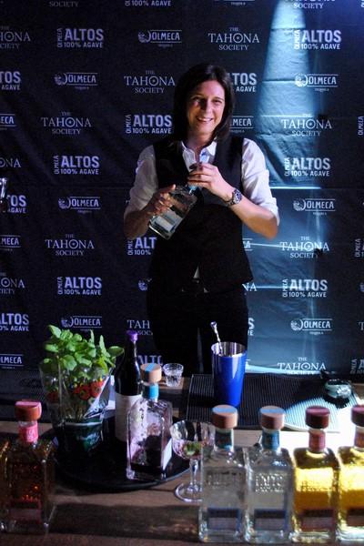 Die Siegerin Manuela Lerchbaumer wird bei der weltgrößten Tequila-Cocktail-Competition in Mexiko auch einen Blick hinter die Kulissen der traditionsreichen Tequila-Produktion von Olmeca & Olmeca Altos werfen (Foto Pernod Ricard Austria)